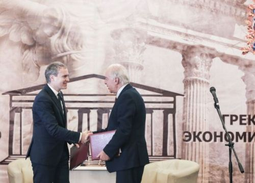 У Нижнего Новгорода стало на одного друга больше: подписан договор о побратимстве с греческим Ираклионом