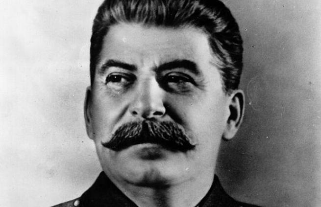 Великий вождь и отец всех народов – так называли Сталина современники